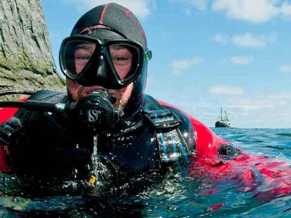 Thumbnail photo for Are you ready for the 2019 scuba diving season?