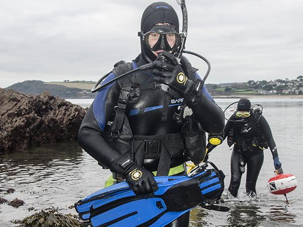 Thumbnail photo for Clarification for divers on new Government rules for groups of six