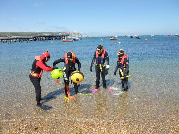 Thumbnail photo for Snorkel Dive Manager Course
