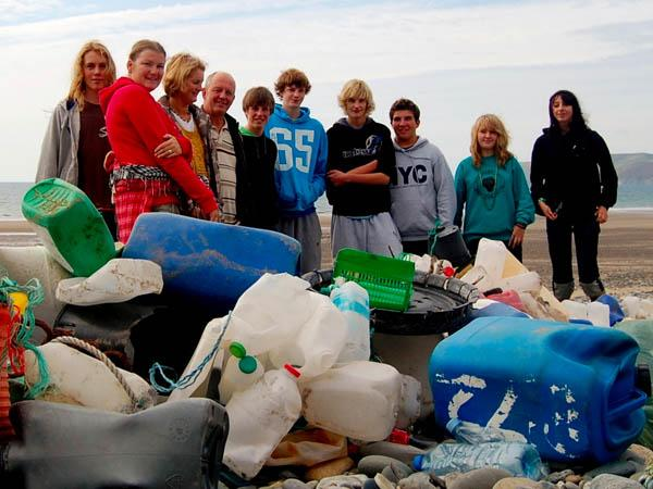 Thumbnail photo for Beach Clean (up) this May Bank Holiday!