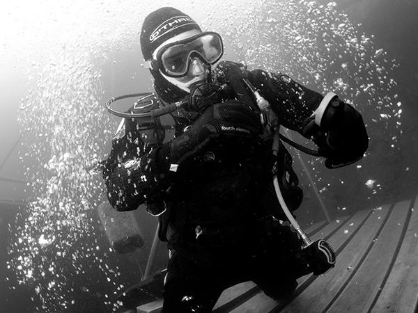 Thumbnail photo for What happens if you fart in your drysuit?