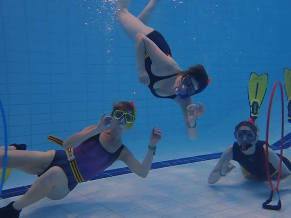 Thumbnail photo for Ruislip: a buoyant snorkelling club