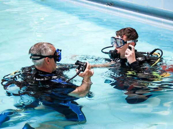 Thumbnail photo for Scuba Refresher hits the spot