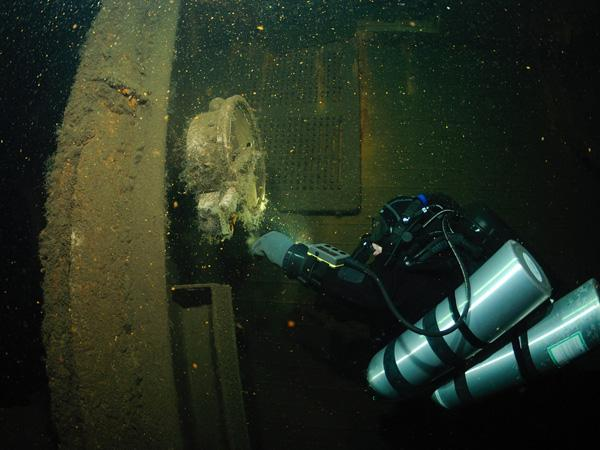 Thumbnail photo for Diving the Steuben