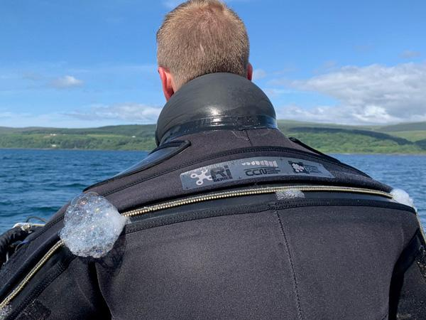 Thumbnail photo for Drysuit vs semi-dry diving