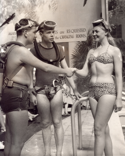 Jane Baldasare Attempt Underwater Swim 3 Times(2) (1960)